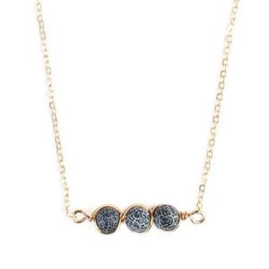Jewelry - Wired Natural Stone Necklace Black
